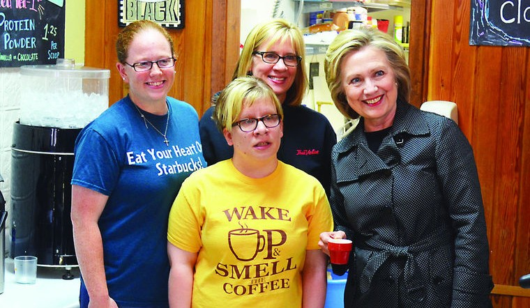 Hillary Clinton stopped by Em's Cofee for lunch in Independence, Iowa