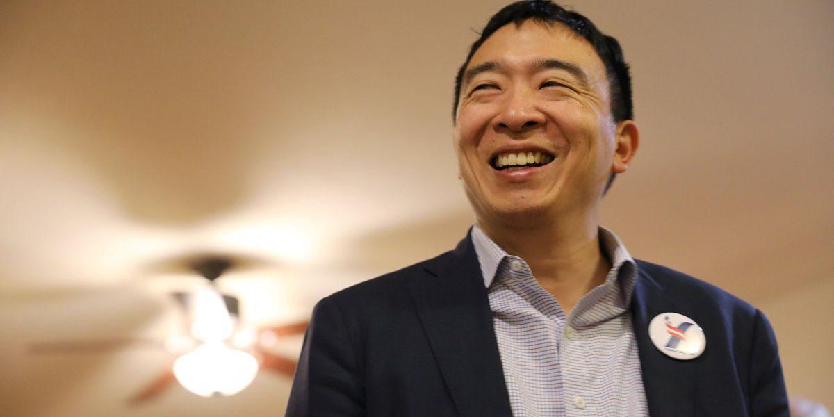Andrew Yang smiling.