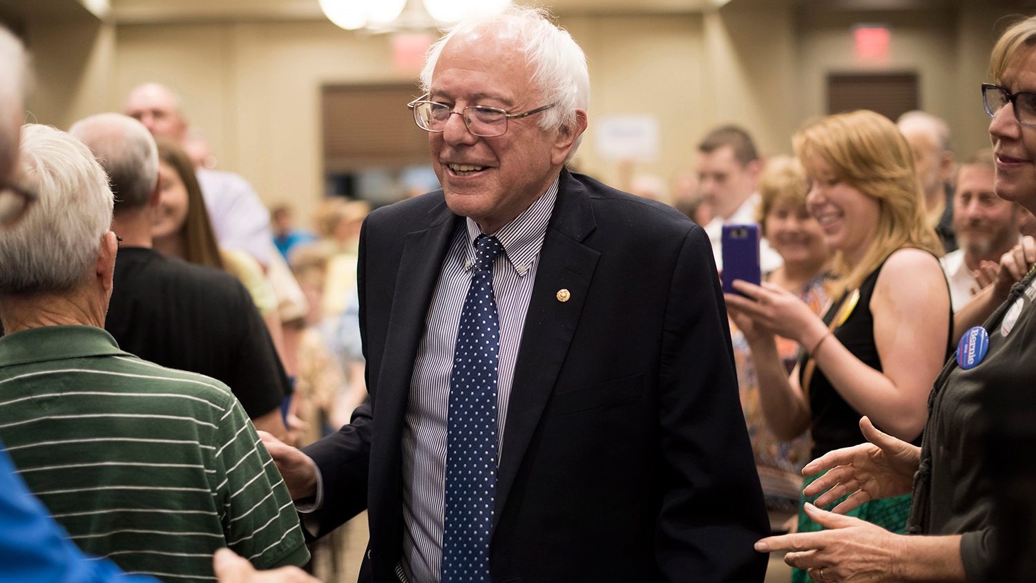 Senator Bernie Sanders arrives for a town hall meeting in Davenport, Iowa, on May 28, 2015.